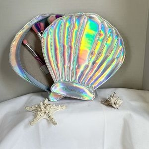 The Creme Shop Mermaid Glam Shell!